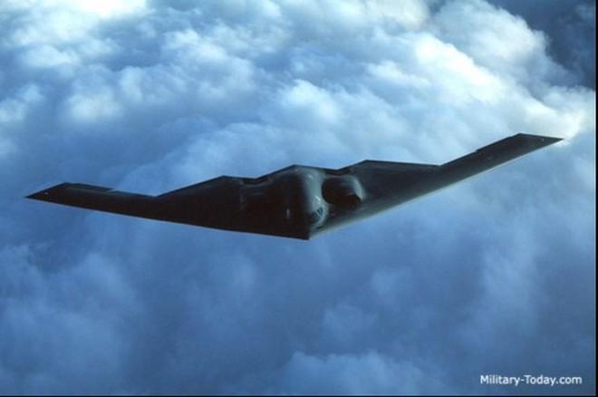 """6 máy bay ném bom """"đỉnh"""" nhất thế giới"""