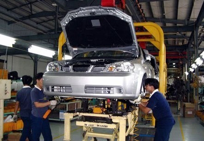 Đại gia ô tô và hội chứng xin gia hạn thuế