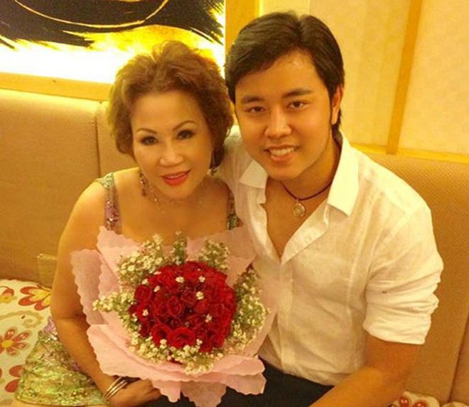 Lời yêu đương khó tưởng tượng của Vũ Hoàng Việt tặng bạn gái U60