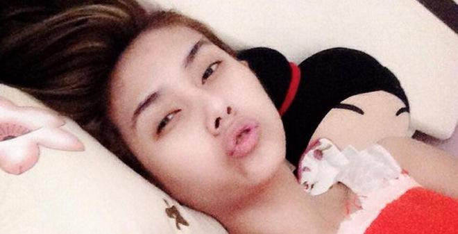 Hoàng Yến mỉa mai công việc bán bún đậu của Trang Trần
