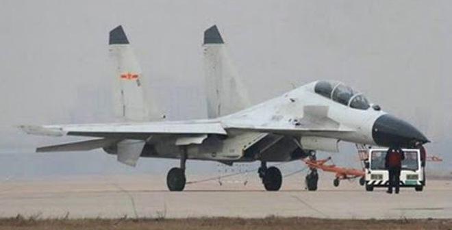 """Biển Đông: """"Ngáo ộp"""" J-16 Trung Quốc đáng sợ cỡ nào?"""