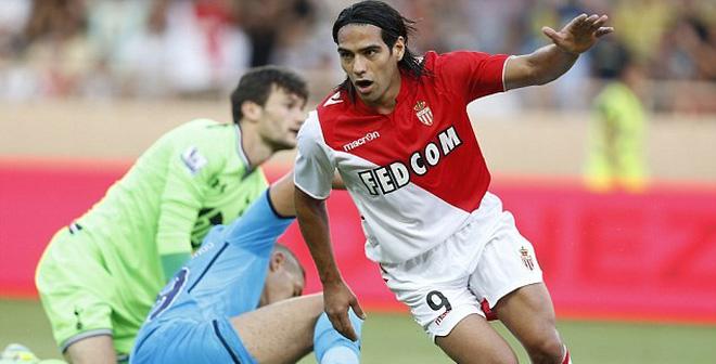 TIN VẮN TỐI 10/12: Falcao bị trù dập tại Monaco?