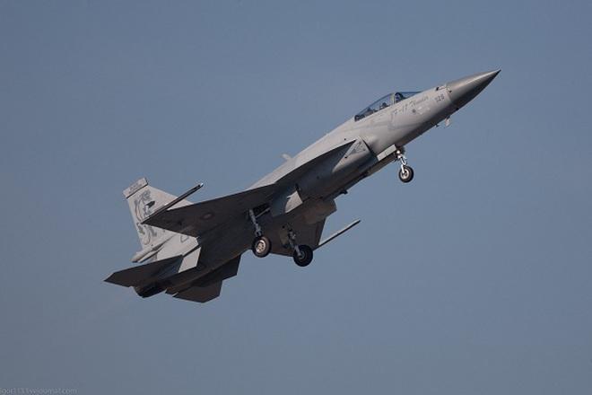 """Pakistan cho tiêm kích JF-17 hợp tác với Trung Quốc """"xuất ngoại"""""""