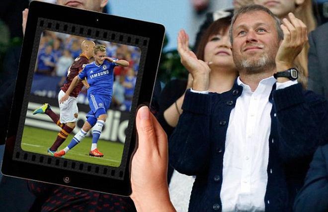 Ông chủ Abramovich dùng iPad giám sát Chelsea