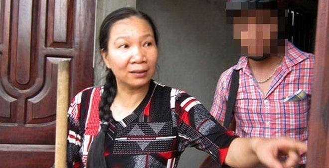 Vụ nổ kinh hoàng ở Phú Thọ: Hoảng loạn bỏ cả quan tài để chạy