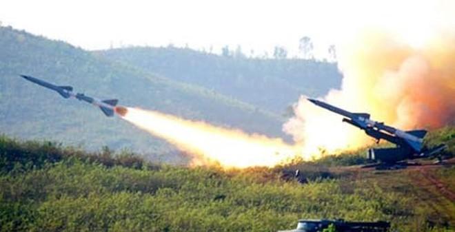 """Phòng không Việt Nam đã """"rửa nhục"""" cho tên lửa SAM-2 như thế nào?"""