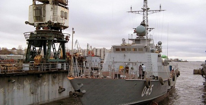 Hình ảnh tàu pháo Svetlyak Việt Nam được đóng tại Nga