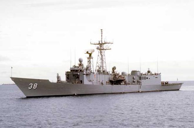 """Hải quân Hoa Kỳ """"biếu"""" Mexico 2 khinh hạm tên lửa Oliver Hazard Perry"""