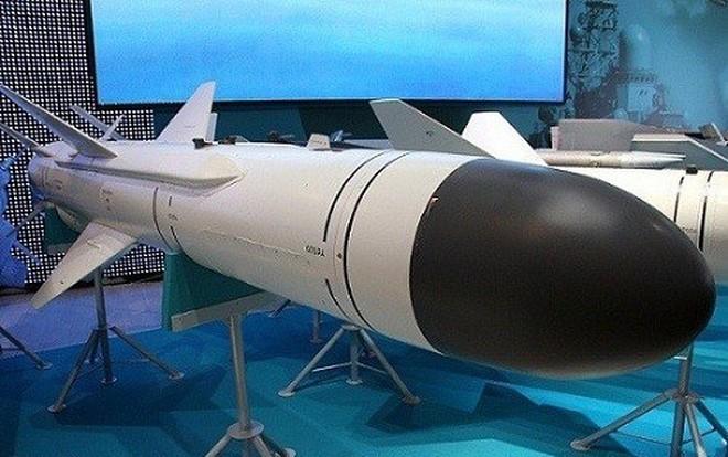 """Việt Nam bắt đầu sản xuất """"sát thủ diệt hạm"""" Kh-35UV?"""