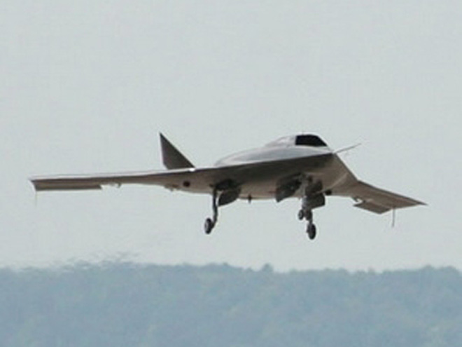Lộ ảnh UAV Trung Quốc 'nhái' RQ-170 Sentinel của Mỹ