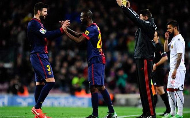 Abidal trở lại thi đấu cho Barca sau 402 ngày dưỡng thương