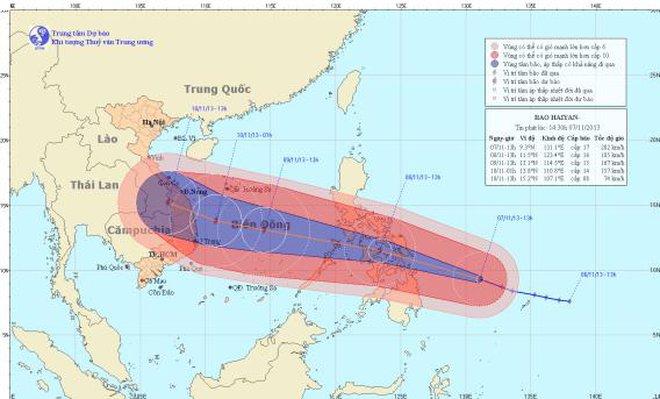 Siêu bão Hải Yến mạnh nhất 10 năm qua hướng vào miền Trung