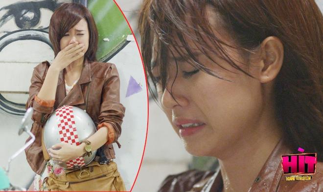 Hot girl Midu khóc ngất vì tình yêu đặt nhầm chỗ