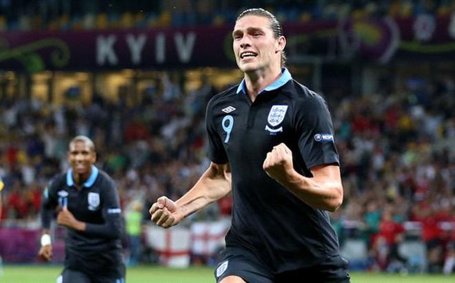 Andy Carroll trở lại đội hình ĐT Anh