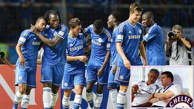Premier League còn 3 ngày: Một tay Mourinho làm nên tất cả