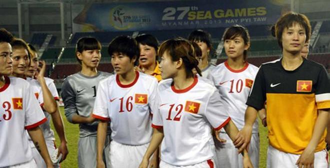ĐT nữ Việt Nam: Tiết lộ mức thưởng, bị nghi dàn xếp tỷ số