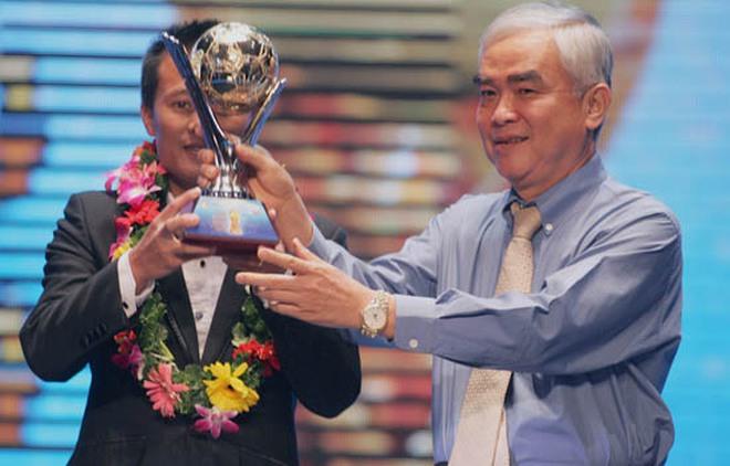 BẢN TIN CHIỀU 5/4: Không có Quả bóng Vàng VN 2012 dành cho nam