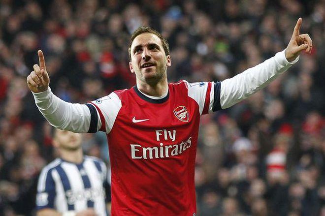 """Góc độc giả: Higuain, đến Arsenal để """"yêu lại từ đầu"""""""