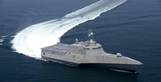 """2 sĩ quan cao cấp Hải quân Mỹ """"bán"""" mình vì tiền và gái gọi"""