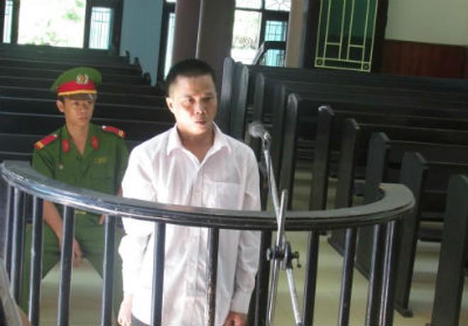 Trĩu nỗi đau phiên tòa xử nghịch tử giết mẹ già