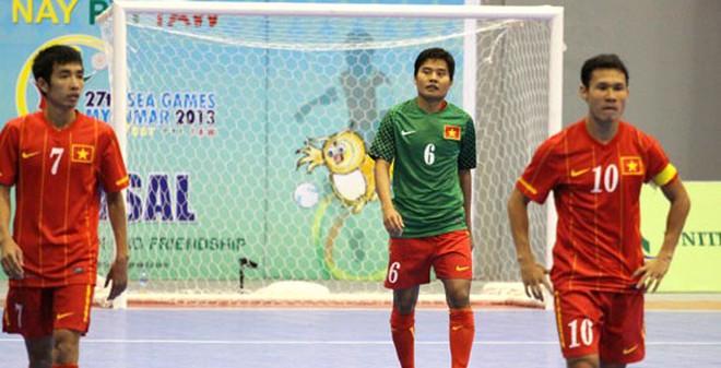TIN VẮN CHIỀU 25/12: ĐT futsal nam Việt Nam thay tướng