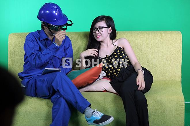 """""""Thanh niên nghiêm túc"""" nóng mặt với trò lố mới của Bà Tưng"""
