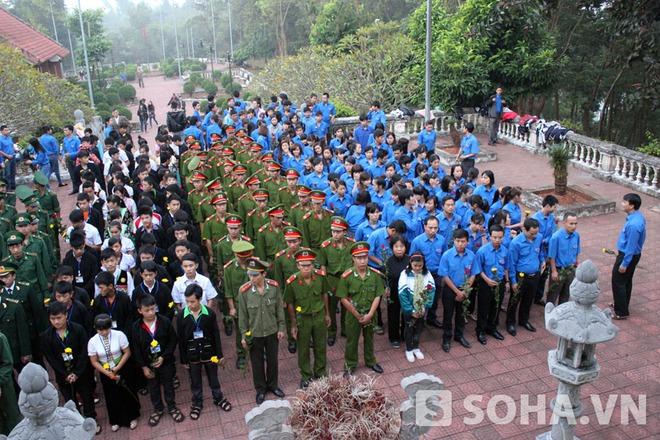 Lễ viếng Đại tướng Võ Nguyên Giáp trên đồi E2 - Điện Biên