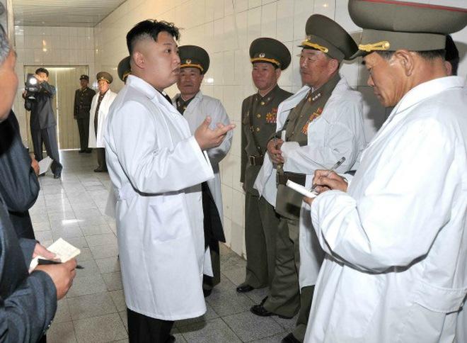 Kim Jong Un được trao bằng tiến sỹ kinh tế