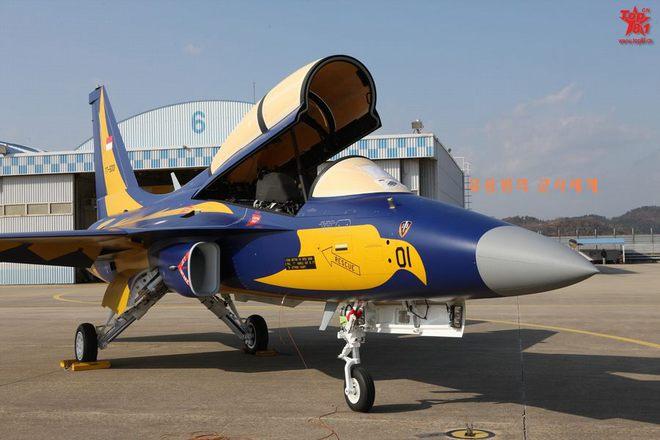 Hàn Quốc bàn giao cho Indonesia 16 máy bay huấn luyện T-50