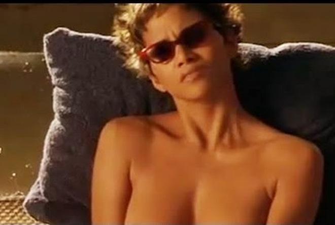 Halle Berry kiếm bộn tiền nhờ cảnh nóng đầu tiên