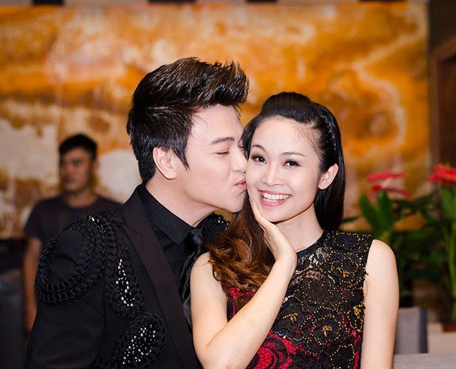 MC Thùy Linh hạnh phúc khi được Phan Anh hôn