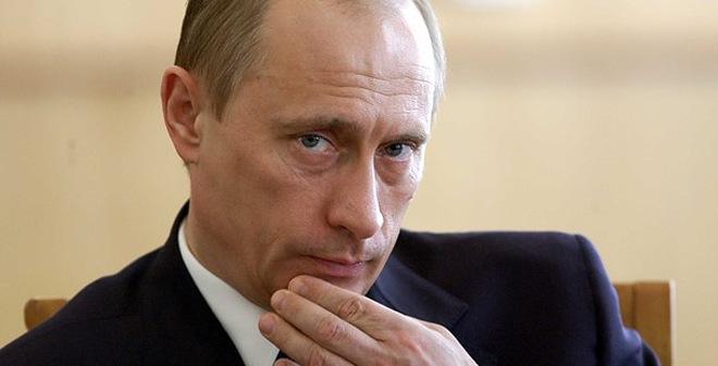 Ẩn ý sau việc Tổng thống Putin không tham dự Cấp cao Đông Á