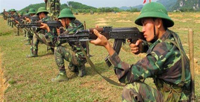 Bí ẩn phía sau tuyệt kỹ bắn điểm xạ AK-47 của Việt Nam