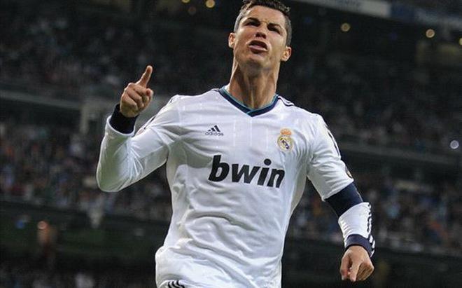 Ở lại Real, Ronaldo đòi 32 triệu bảng/năm