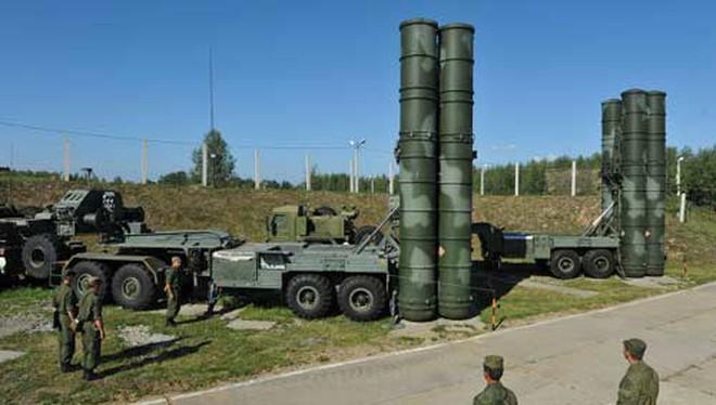 Cận cảnh hệ thống S-400 thế hệ mới bắn hạ mục tiêu