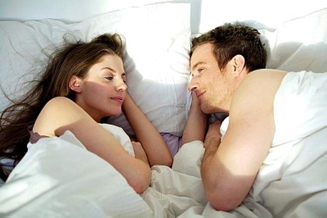 """3 thế """"yêu"""" khiến nàng ngất ngây vào buổi sáng"""