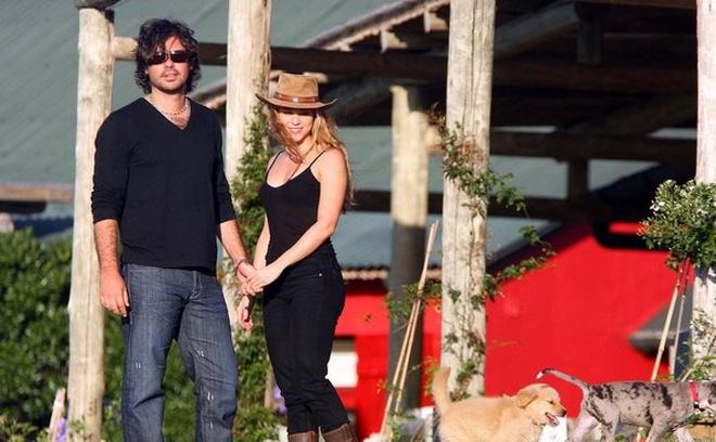 Bị tình cũ khởi kiện, Shakira tẩu tán hơn 100 triệu USD?