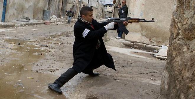 Nga giúp Syria tấn công phiến quân?