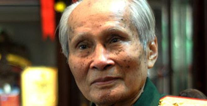 """Tướng Nguyễn Quốc Thước: """"Bà nhà tôi đang ngồi xe lăn và khóc"""""""