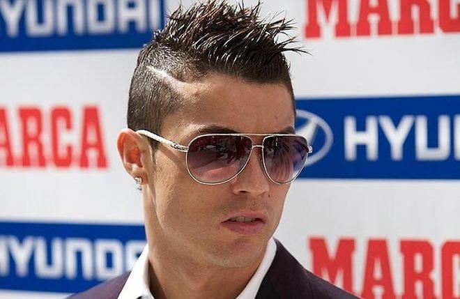 Beckham, Cris Ronaldo bất ngờ lọt Top 10… tóc xấu nhất hành tinh
