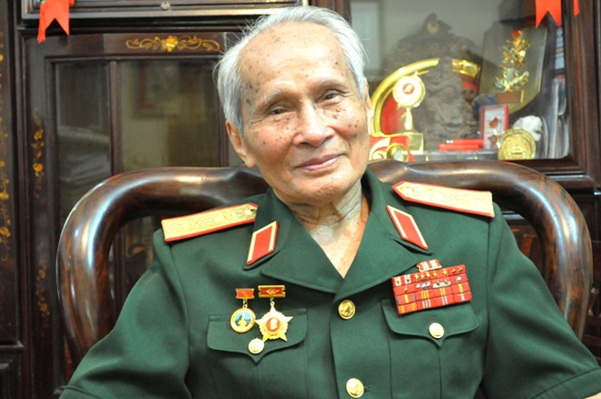 """Tướng 87 tuổi nói về """"thủ đoạn bẩn thỉu, xấu xa"""" của một số người trẻ"""