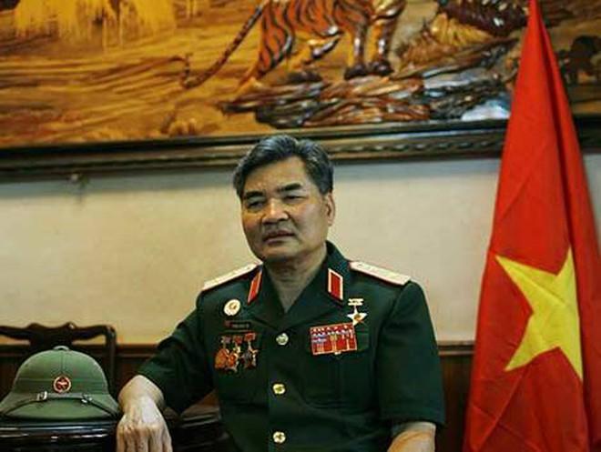 Tướng bắt sống Dương Văn Minh: Ai dám chắc những người đó không bỏ tổ quốc?!