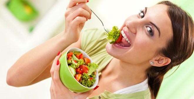 """5 loại thực phẩm giúp bạn """"trẻ mãi không già"""""""