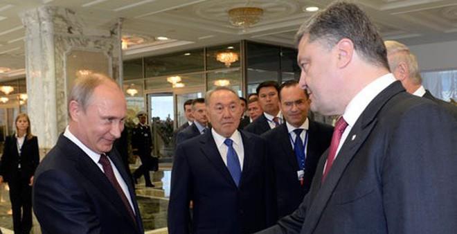 Poroshenko hội đàm với Putin, Ukraine vẫn bế tắc