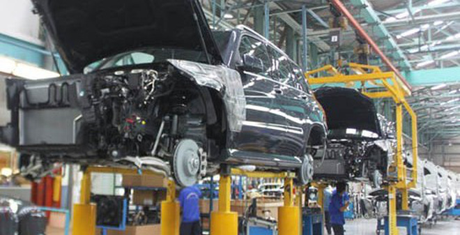 Ô tô ở Việt Nam đắt hơn khu vực tới 300 triệu đồng/chiếc