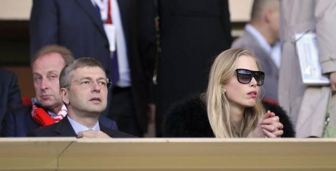 Mất bạc tỷ, ông chủ Monaco lập kỷ lục thế giới về ly hôn