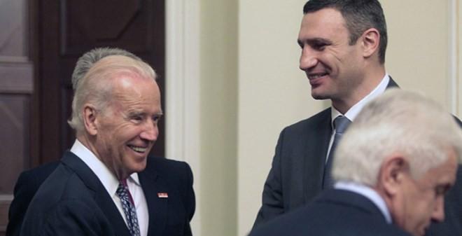 """Báo Nga: Ukraine đang khiến Mỹ """"mếch lòng"""""""