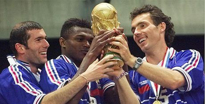 Zinedine Zidane: Số 10 huyền thoại và cái đầu hói