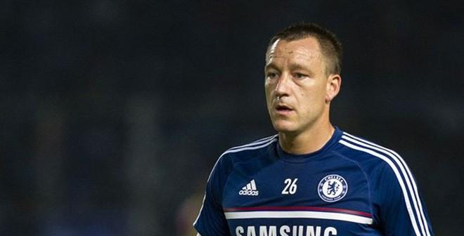 """Chelsea giữ Lampard, đẩy Cole và Terry """"ra đường"""""""