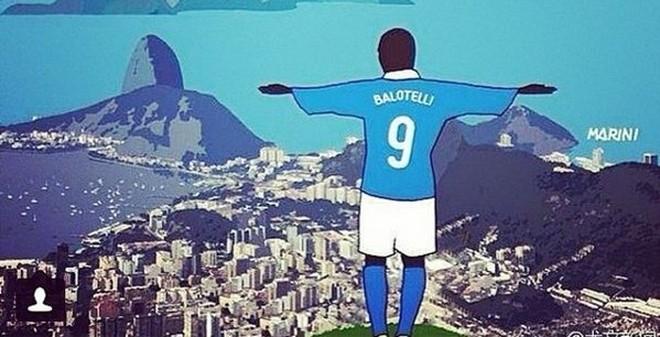 Balotelli tự ví mình với... Chúa